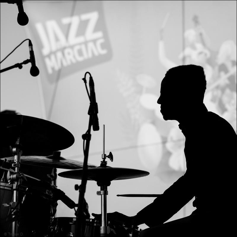 Ombre de jazz sur Maciac